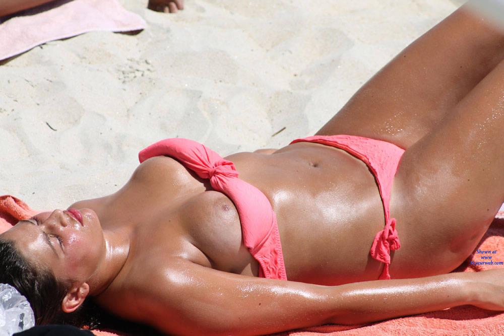 Nipple Slip On The Beach At Funbags-7468
