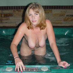Naked Blonde Going Bath - Big Tits, Brunette Hair, Nipples, Perfect Tits, Shaved Pussy, Wet, Hot Girl, Sexy Body, Sexy Boobs, Sexy Girl, Sexy Legs , Blonde Girl, Naked, Bath, Shaved Pussy, Big Tits