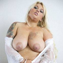 At Home - Big Tits, Blonde, Tattoos