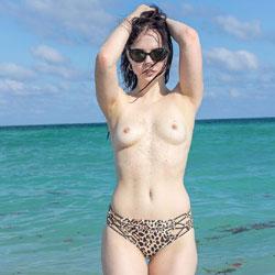 Kat Gets The Sand Off