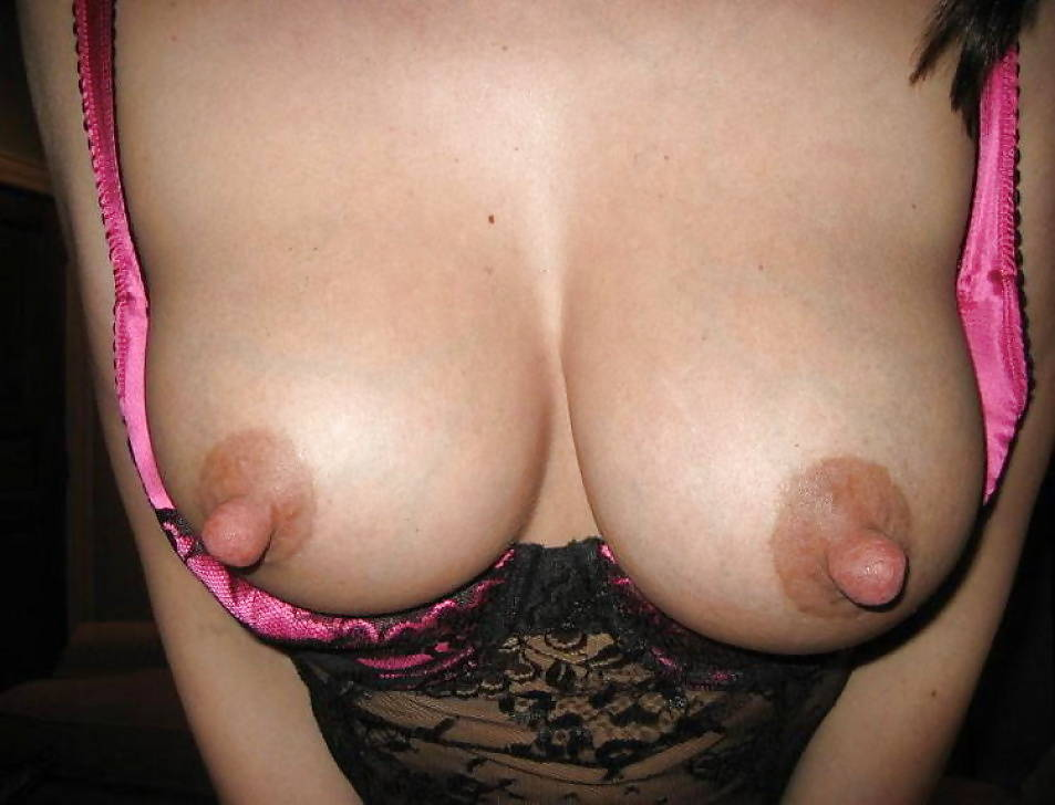 Pic #1Large tits of my ex-girlfriend - Beth