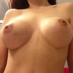 Large tits of my girlfriend - Girlfriend x