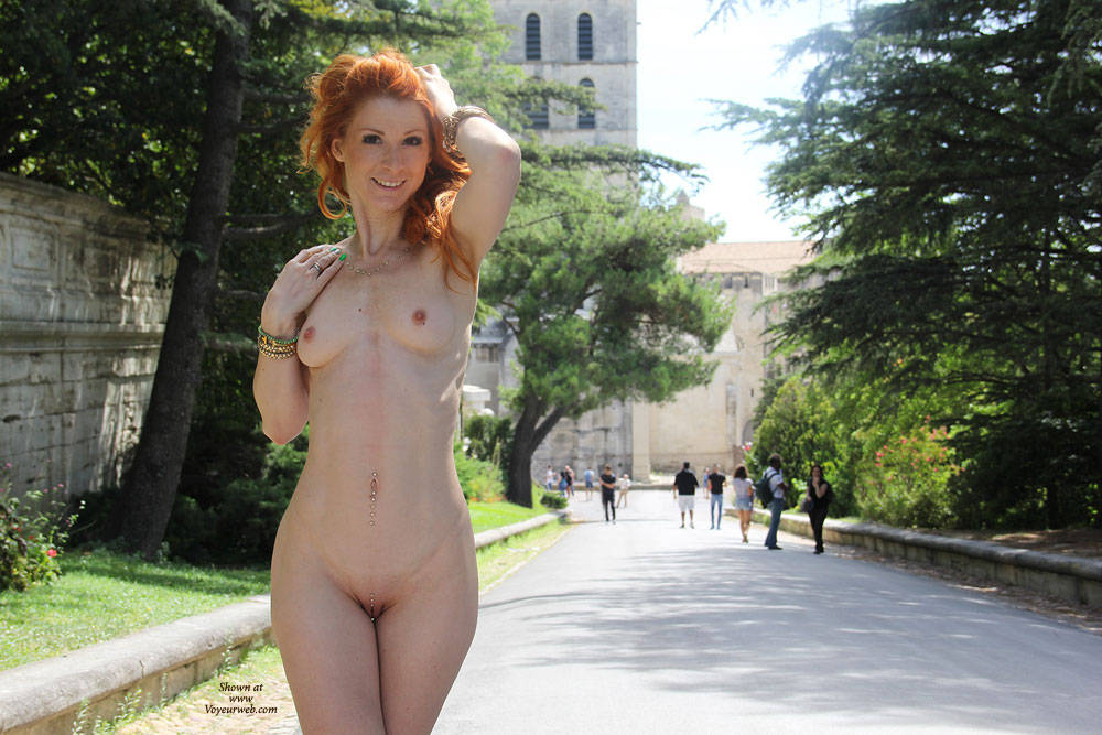 Pic #1Vienna - French Holidays - Firm Ass, Flashing, Public Exhibitionist, Public Place, Redhead