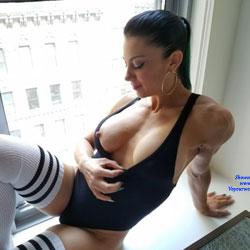 FitMynxxx In New York - Big Tits, Brunette