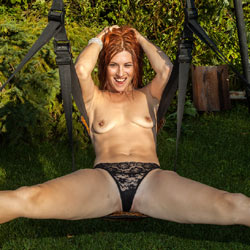 Ember On The Swing - Redhead, Shaved