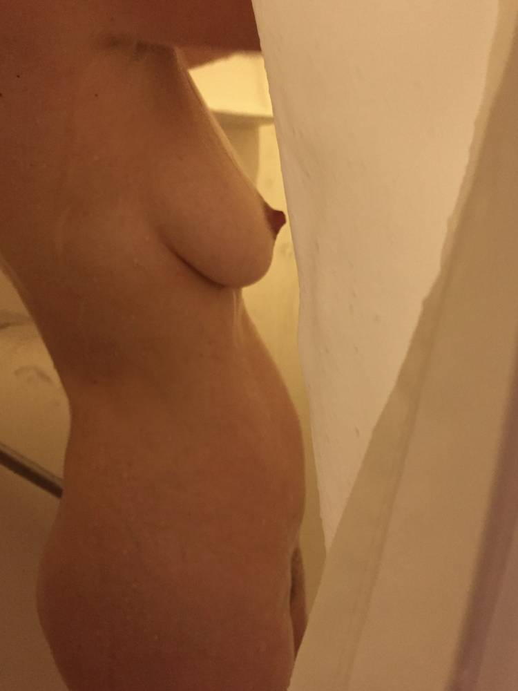 Pic #1Large tits of my wife - AAA Sandy