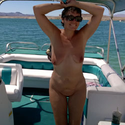 Naked On The Lake - Brunette
