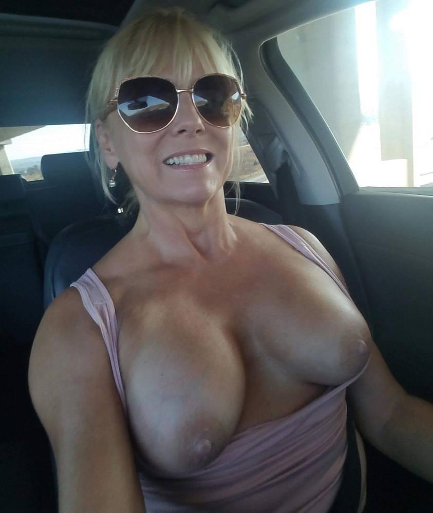 Amateur Big Tits Blonde Milf