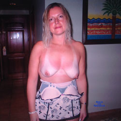 My Hot Wife - Big Tits, Topless Wives
