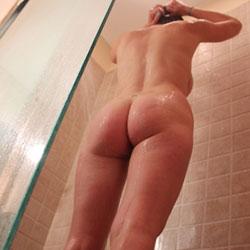 Shower Time - Round Ass