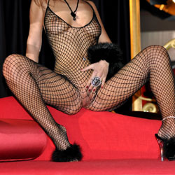 Sfizy In The Net - Brunette, High Heels Amateurs, Lingerie
