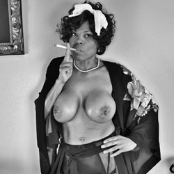 Raven Swallowz Smoking Hot Vintage - Big Tits, Ebony, Lingerie