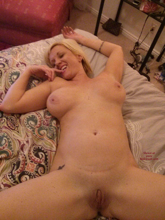 Pic #1Showing Off - Blonde, Big Tits, Nude Friends, Shaved