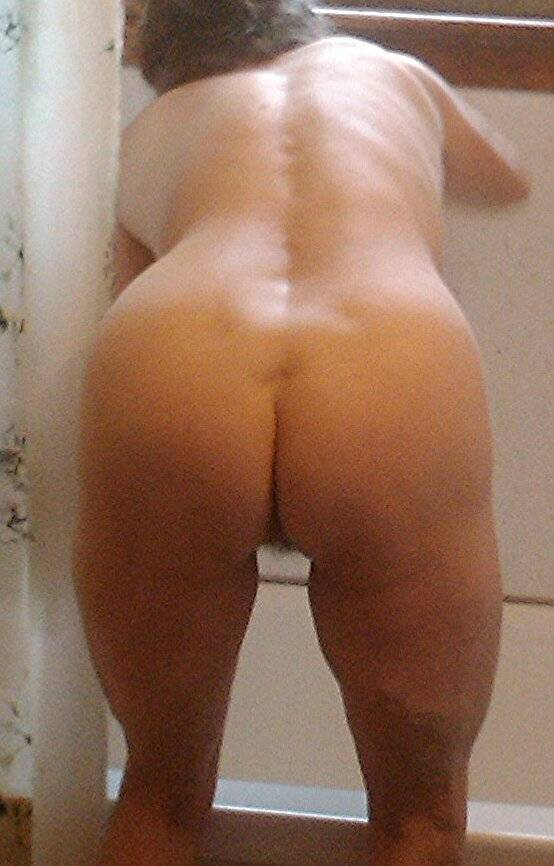 community naked butt ass nude bum buttocks Ally type arse