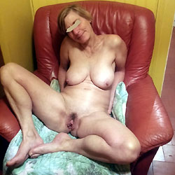My French Friend Sophie - Bush Or Hairy, European And/or Ethnic, Mature, Big Tits, Amateur