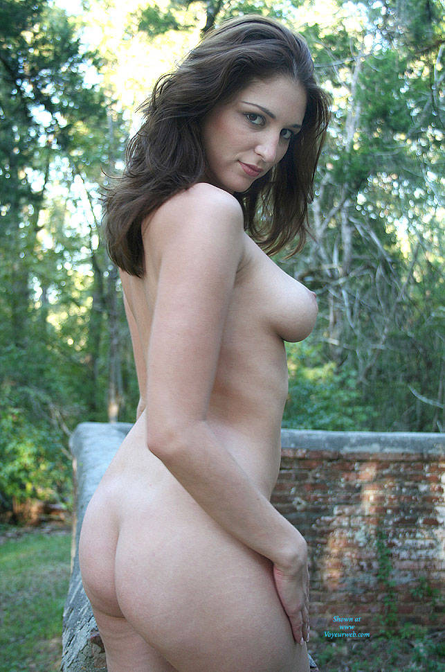 Pic #1Sitting On A Brick Wall - Big Tits, Brunette, Outdoors