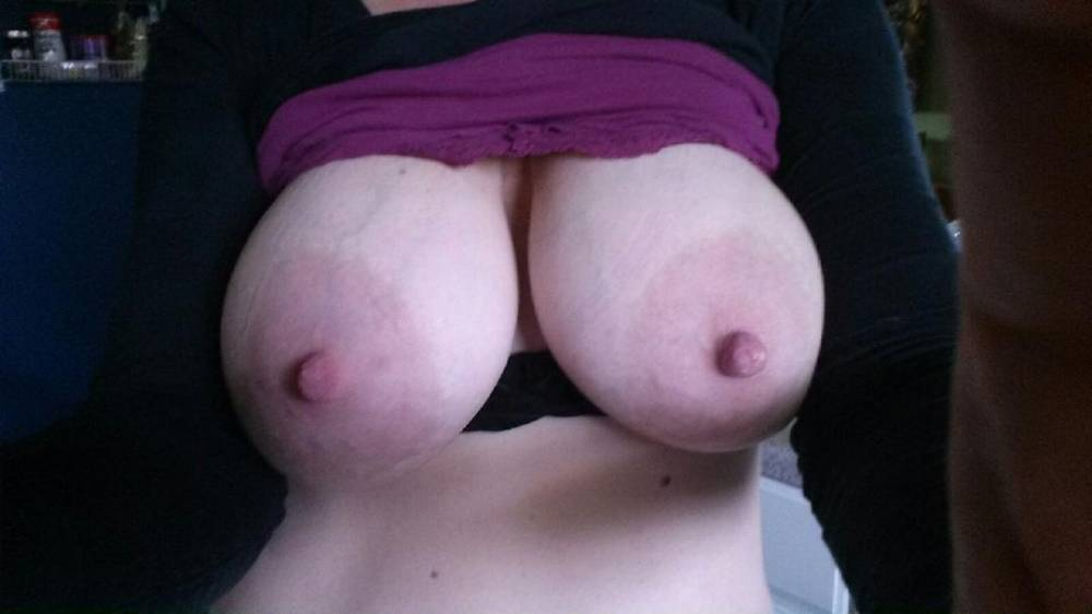 Girlfreinds large tits