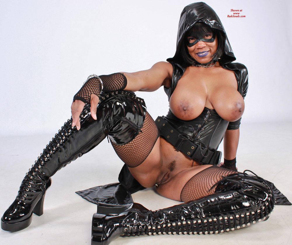 Pic #1Raven Swallowz Hardcore Cosplay - Big Tits, Brunette, Ebony, Toys, Bush Or Hairy, Costume