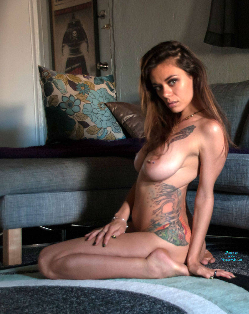 Pic #1Like What You See? - Amateur, Brunette, Big Tits, Tattoos