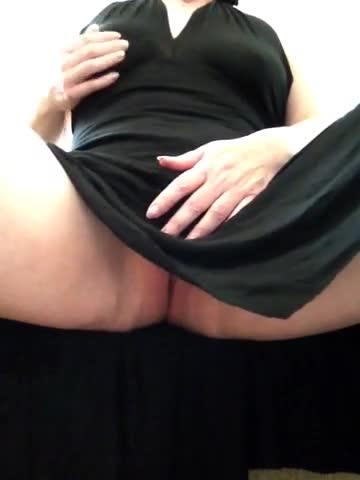 Pic #1Dress Up , Pussy Play  - Masturbation, Shaved