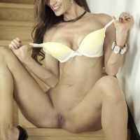 Spreading - Brunette Hair, Heels, Shaved , Hi, I'm Cynthia And I Really Love To Spread My Legs For RC...