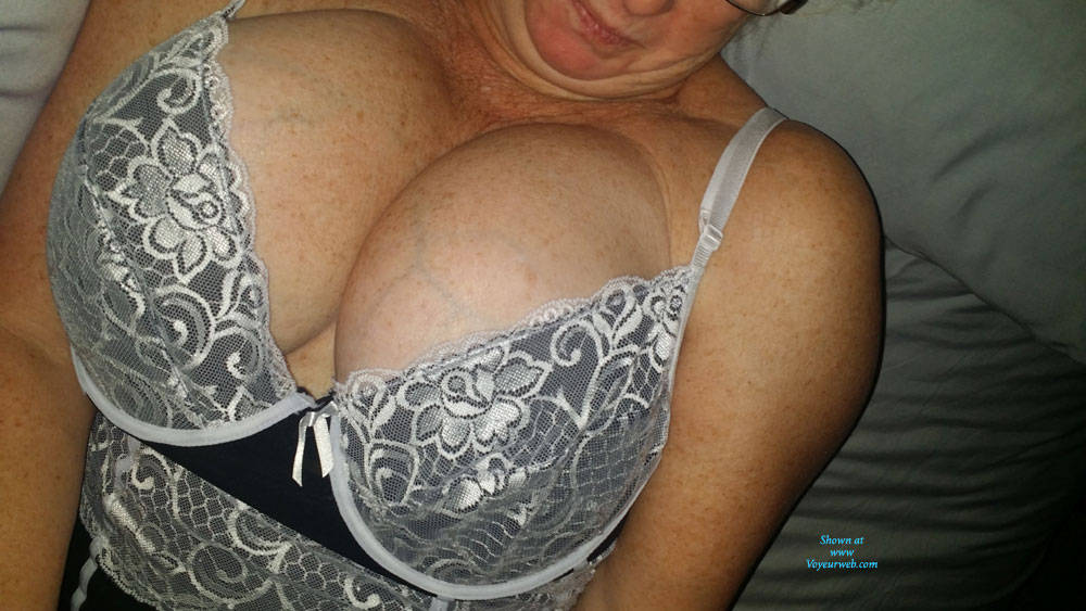 Pic #1 Momma D French Maid - Big Tits, Amateur