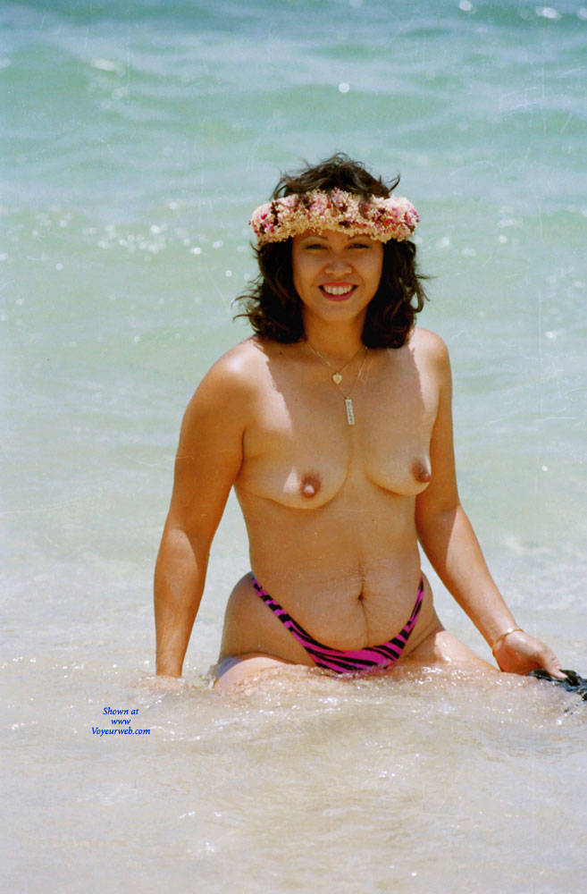Pic #1 Baby Babe On Mokuleia Polo Beach - Beach, Big Tits, Brunette, Outdoors