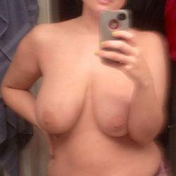 My Huge Tits - Topless Amateurs, Topless Friends, Big Tits, Amateur