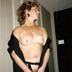 Debbie's Huge Tits - Big Tits, Wife/wives