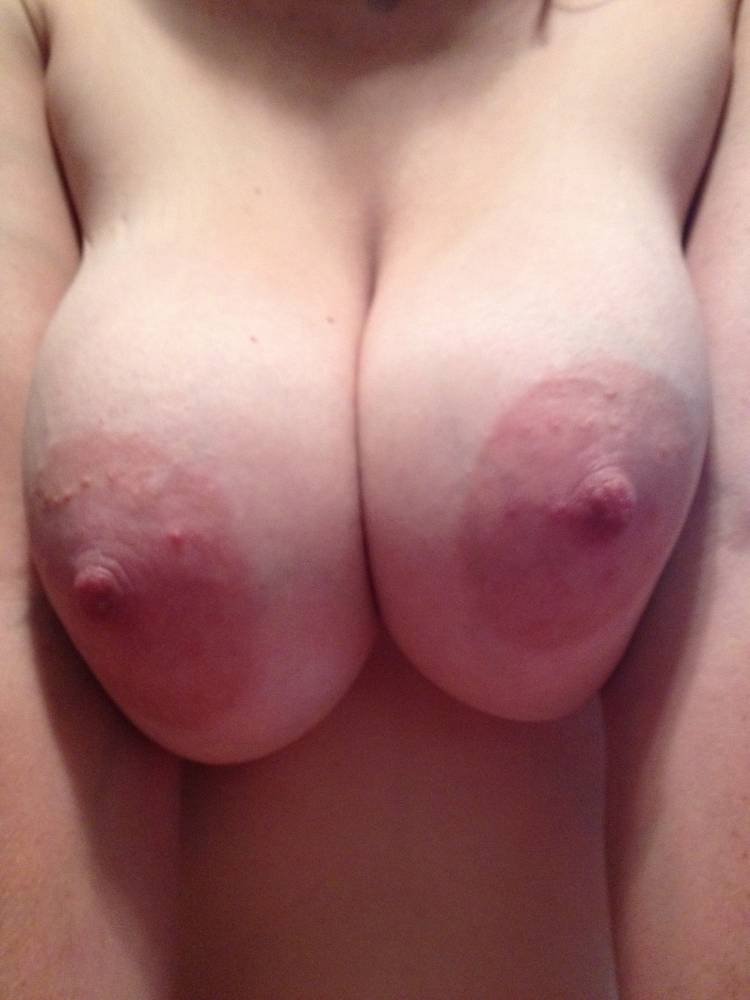 Pic #1 Large tits of my wife - Rauck's Wife