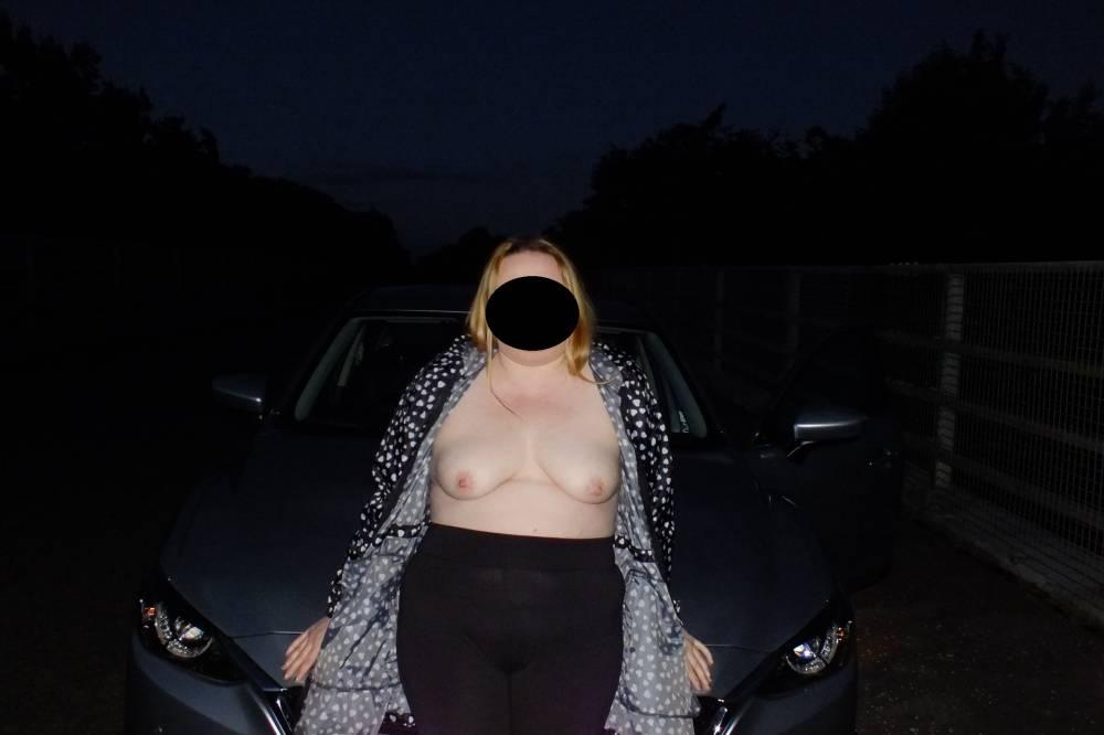 Pic #1 My medium tits - sharron calloway