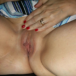 Love Her Pussy - Wife/wives, Shaved, Close-ups, Pussy