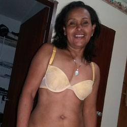 Chicas Varias II - Brunette, Lingerie, Close-ups, Amateur, Shaved