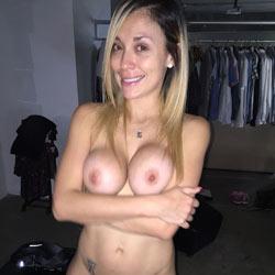 My Beautiful Girlfriend - Nude Girlfriends, Big Tits, Blonde, Amateur, Gf