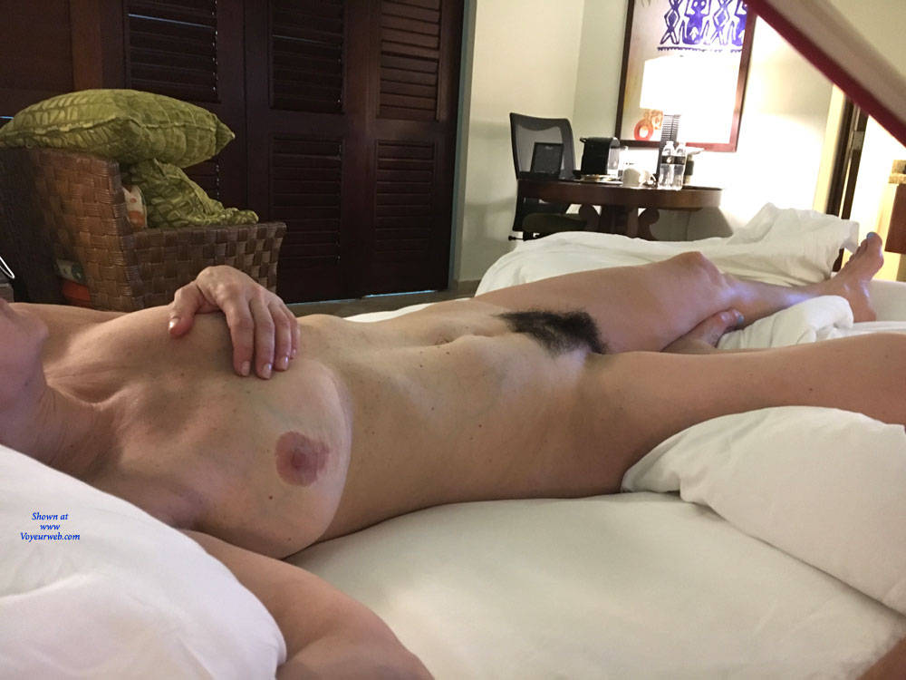 28 year old wife vibes to pulsing orgasm 6
