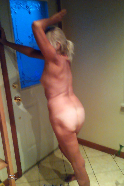 Strip dancing nude naked