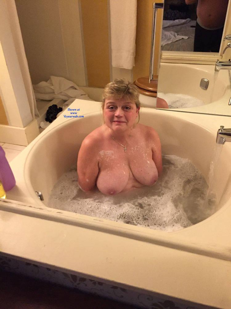 Mature Tub