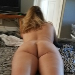 My wife's ass - Kitten