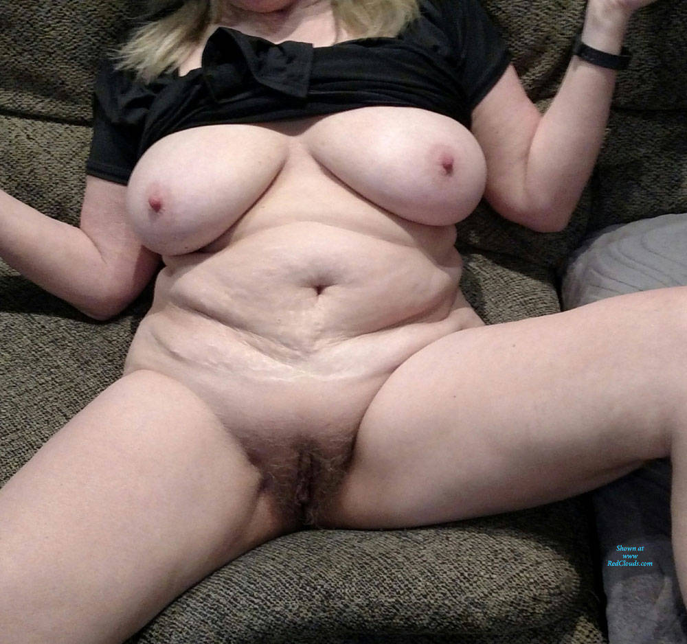 Pic #132eee Sixty Two And Fel It Still - Big Tits, Bush Or Hairy, Close-ups