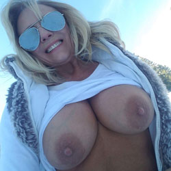 Snow Time - Topless Girls, Big Tits, Blonde, Outdoors, Hard Nipples