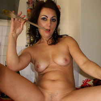 Anna (38) Fun In The Kitchen - Nude Girls, Brunette, Amateur