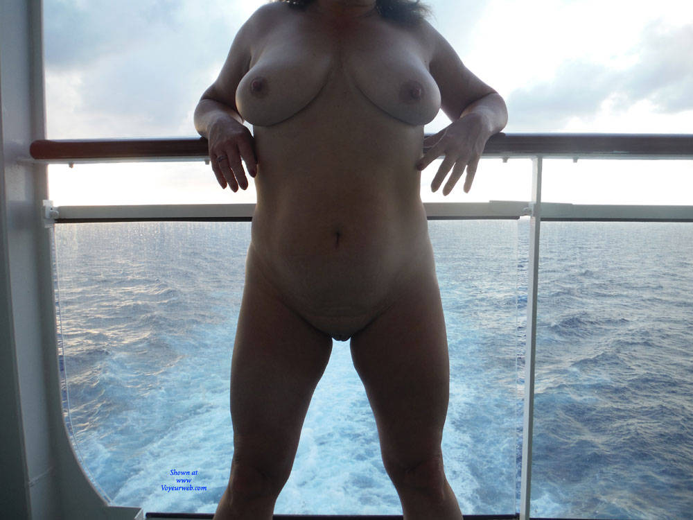 Pic #1Nude On A Cruise Ship - Nude Girls, Big Tits, Amateur, Gf