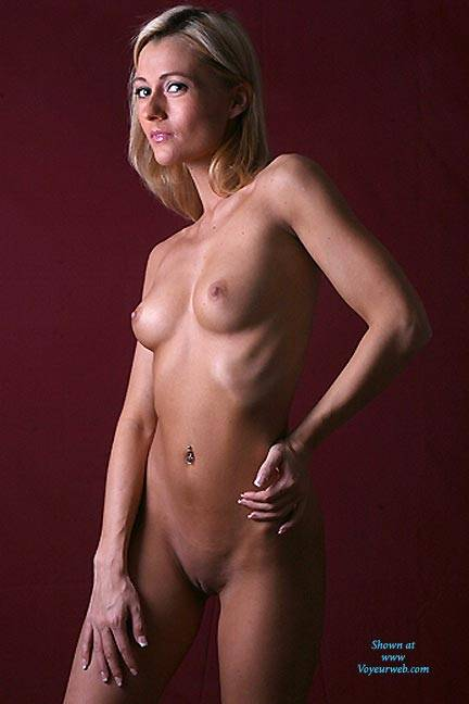 Pic #1Study In Light - Nude Girls, Blonde, Shaved, Firm Ass