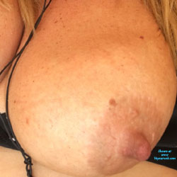 Hot Sweaty Titties - Big Tits, Close-ups, Big Nipples