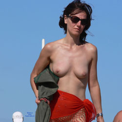 Warm Summer - Nude Girls, Big Tits, Brunette, Outdoors, Beach Voyeur