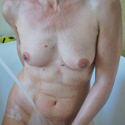 In The Bathroom - Nude Wives, Amateur