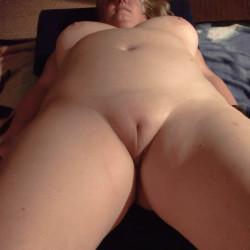 Medium tits of my wife - Perla