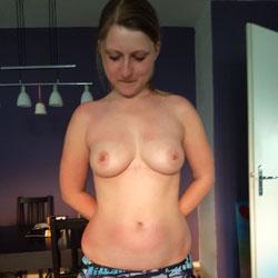 Amateur Sexbell - Topless Girls, Big Tits