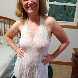 Sexy Red Celebrates - Big Tits, See Through, Amateur
