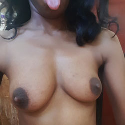 Nasty Bitch Showing Off Boobs - Big Tits, Amateur